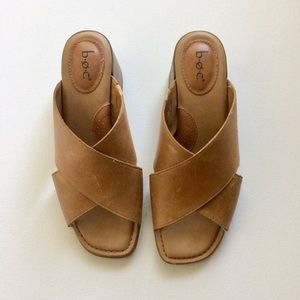 b.o.c Cris Cross Tan Leather Mules Sandals Size 8M